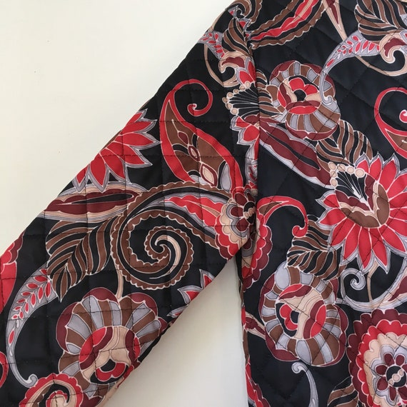 Vintage quilted floral paisley housecoat • dressi… - image 6