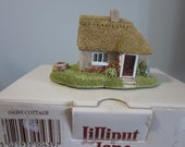 LILLIPUT LANE, Daisy Cottage, small house figurine, original box, Deeds included, base 3 quot x2 quot