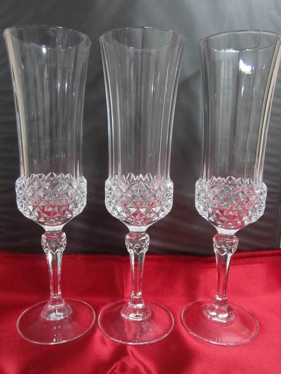 Set Of 3 Crystal D'arques Flutes, 8.5 Inches Tall, Criss Cross Cut Bowl Base, 9 Sided Rim, Good Weight, Great Condition, Longchamp Pattern by Etsy