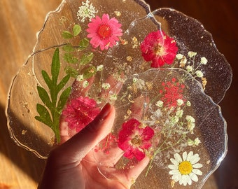 Flower and Leaf Ring Dish Pressed Flowers Dish Naturalist Gift Trinket Holder Jewelry Organizer Pink Ring Dish Flower Ring Dish