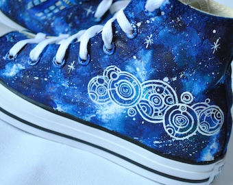Handpainted Tardis shoes, Gallifrey shoes, Tardis galaxy, custom snekers, Custom tardis shoes, Doctor Who shoes