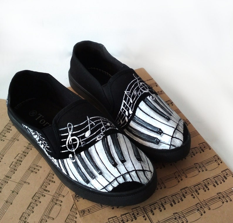 f5b08b76318af7 Custom Piano shoes Music Notes shoes handpainted Piano