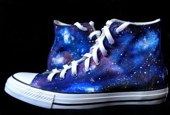 Scarpe Galaxy dipinte a mano, scarpe galassie Cutom, Galassia Converse, scarpe celesti, regalo di galassia