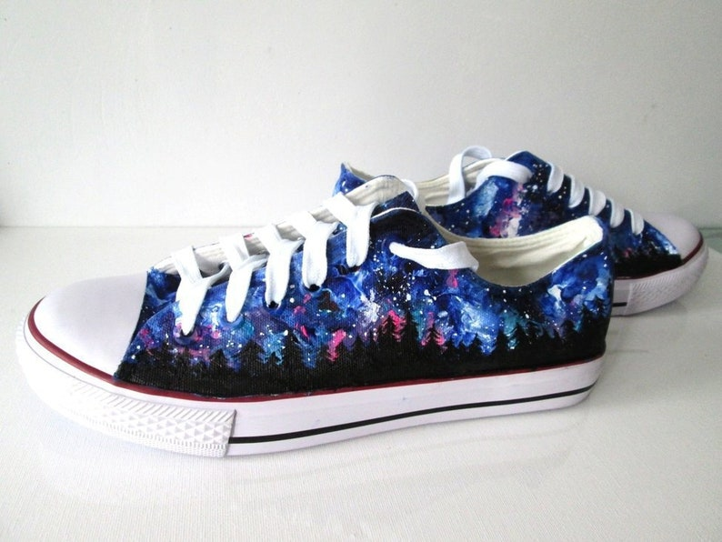 182306a7094a Custom Northern Lights shoes Northern Lights Converse
