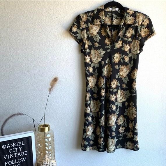 Vintage Trilogy by Rampage Floral 90s Mini Dress