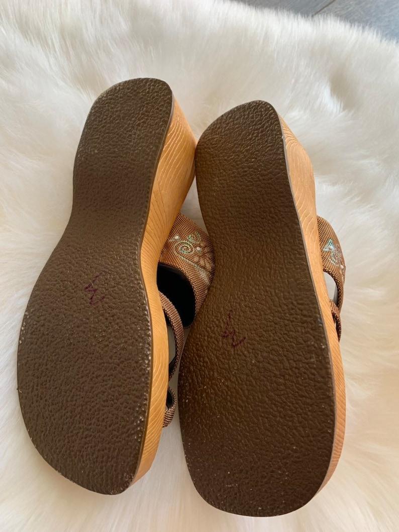 90/'s Sandals LEI Vegan Chunky Platform Sandals