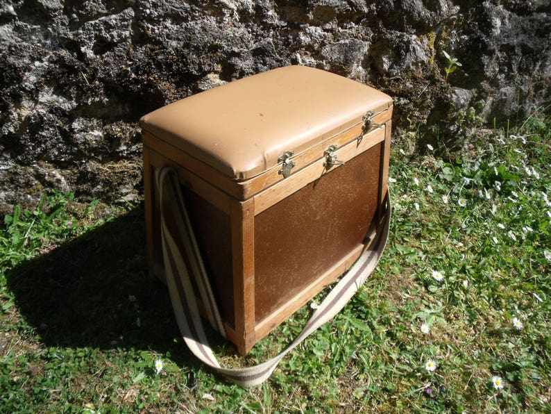 a french vintage fishing seat box , storage fishing stool , wood and  leatherette , nice condition