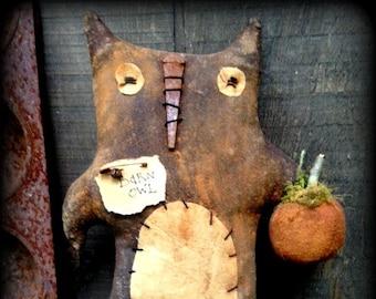 Made to Order Primitive Folk Art Old Barn Owl--Fall, Autumn, Halloween, Pumpkin, Shelf Sitter, Vintage, Handcrafted