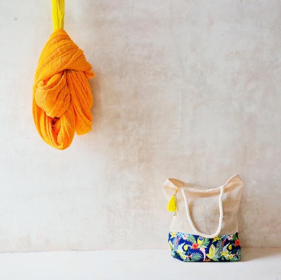 Shoulder Shopping Bag Llama Toucan Tassle Detail Beach Bag with Rope Handles