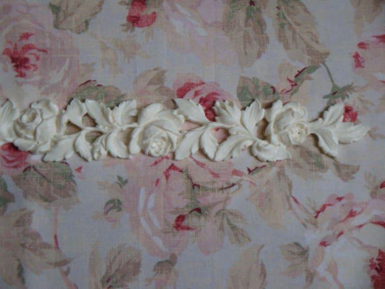 """Antique Carved Rose /& Leaf Molding 34 1//4/"""" Furniture Applique Architectural"""