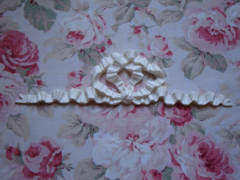 FLEXIBLE Bow with Flower* Furniture Appliques 2 pcs Architectural Onlay