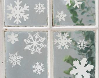 Set Of 20 Festive Snowflake Window & Wall Stickers. Christmas Decorations