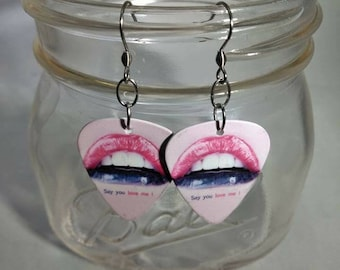 Lips Guitar Pick Earrings