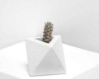 Mini Concrete Geometric White