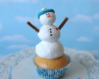 Realistic Fake Cupcake Handmade Christmas Hat Snowman Faux Frosty