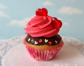 Fake Cupcake  Chocolate Faux Romantic Valentine Hearts  heart candy Kitchen Decoration Food Prop