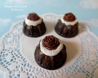 Fake Mini Bundt Cake Mini Dessert Chocolate Rose SINGLE