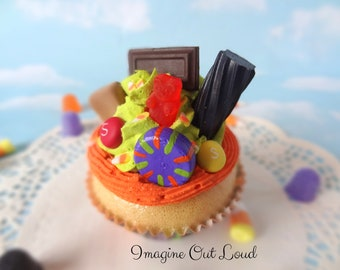 Fake Cupcake Halloween Trick or Treat Candy Kitchen Home Decor Food Prop