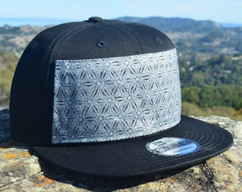 Silver Sacred Geometry Pattern Snapback Hat - Flower of Life Hat - Snapback  Hat - Festival Snapback 9fc2a4717887