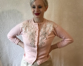 1950s pristine pink cashmere glass beaded cardigan wigh pearl buttons