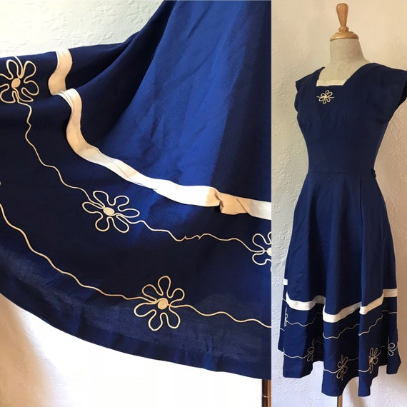 1940s navy cotton rayon frock with soutache daisy