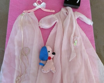 "Vintage Barbie ""NIGHTY NEGLIGEE"" #965 With FREE Matching Necklace!"