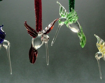 Colorful hand sculpted glass hummingbird