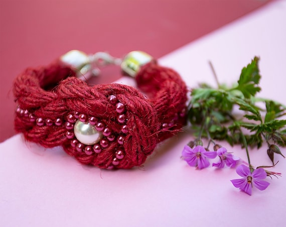 Jute cord bracelet with beads by GunaDesign