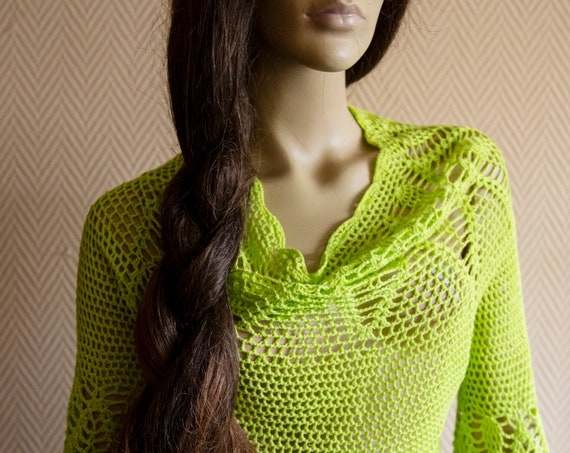 70's Hand Crochet Light Green Lace  Sweater