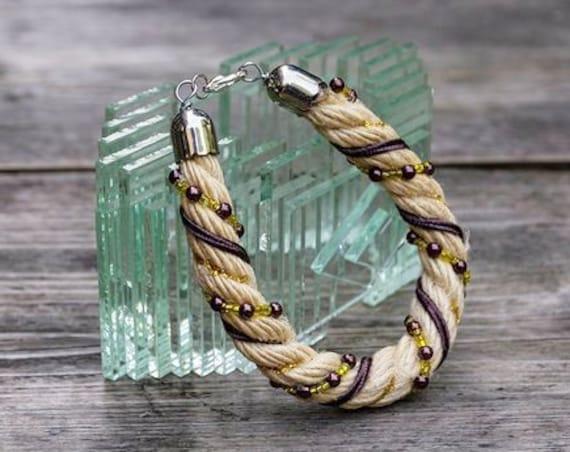 Jute rope bracelet by GunaDesign