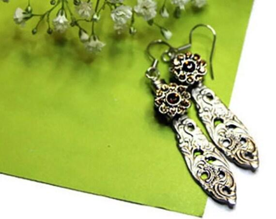 Vintage spoon dangle earrings with yellow glass bead flower
