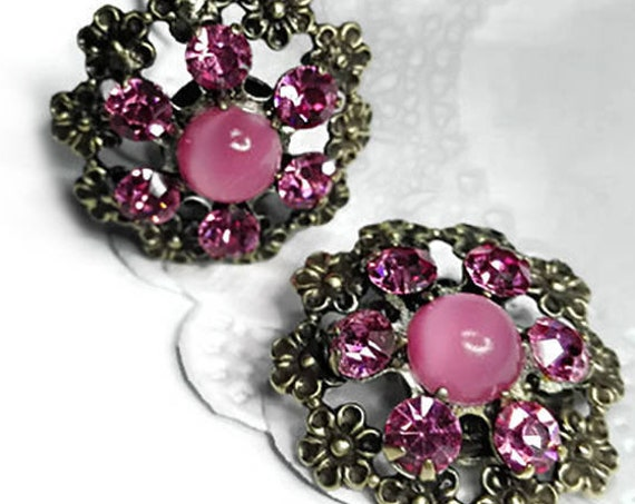 Vintage pink floral clip-on earrings from 60's
