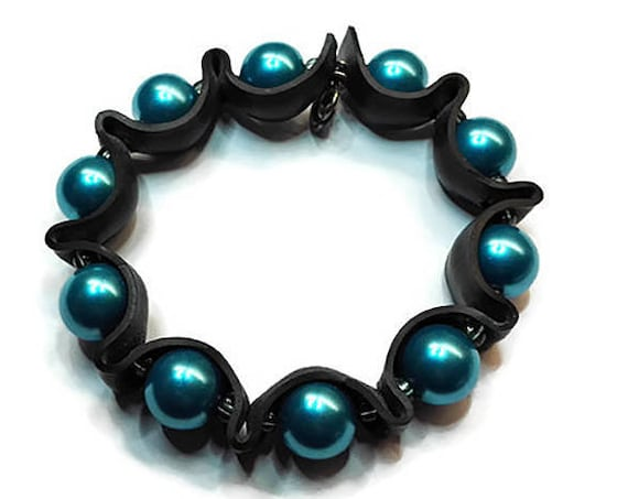 Recyled rubber bracelet with beads by GunaDesign