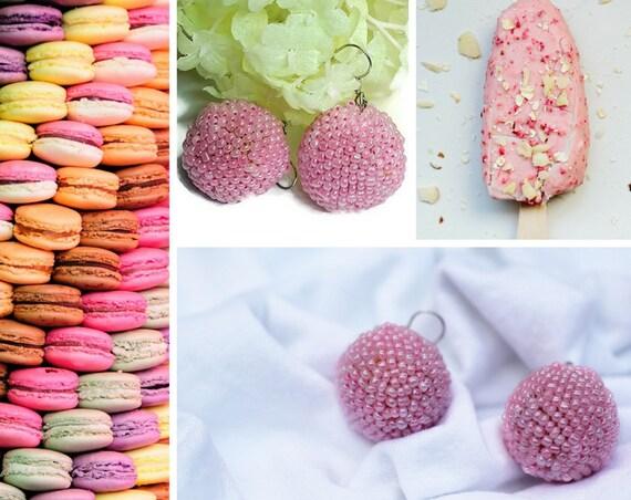 Light pink beaded dangle earrings by GunaDesign