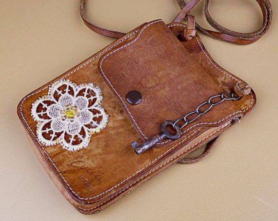 Vintage leather small shoulder bag with lace flower