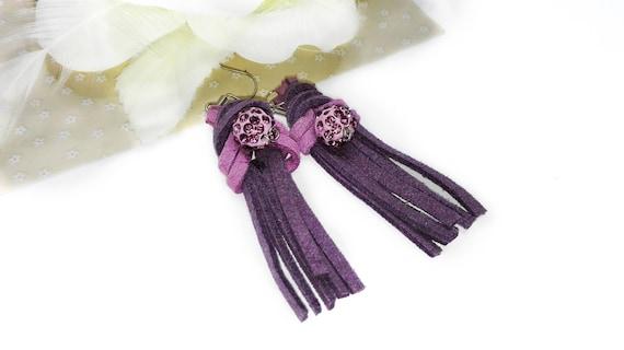 Light purple gray leather tassel long dangle earrings with pink beads