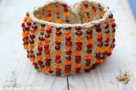 Tutorial Crochet Bracelet Cuff with Beads in Amber Colors