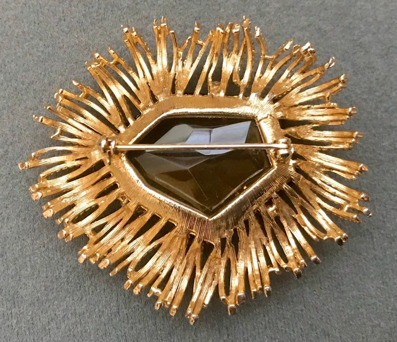 Big Modernist Goldtone 1970/'s Brooch with Faceted Brown Glass Stone-As is Free shipping.