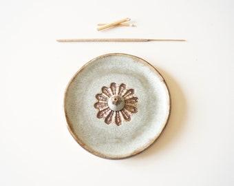 Flower Incense Holder, Green Incense Burner, Ceramic Ash Catcher, Meditation, Yoga