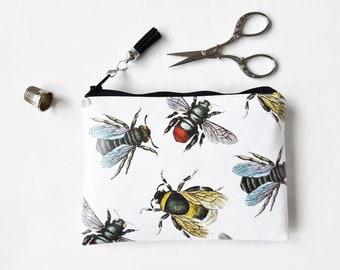 Vegan bumble bee purse,vegan gift idea,bumble bee vegan zipper wallet,eco friendly gifts for women,bee fabric wallet,bumble bee print