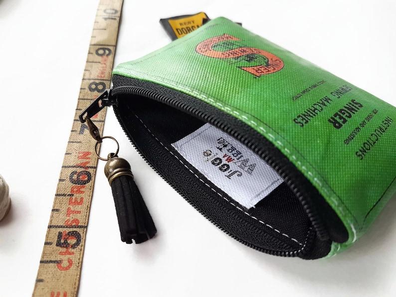 Pvc Freie Kleine Brieftasche Sänger Nähen Nähen Thema Visitenkartenhalter Visitenkartenhalter Lippenstift Tasche Grün Gift Oilcloth
