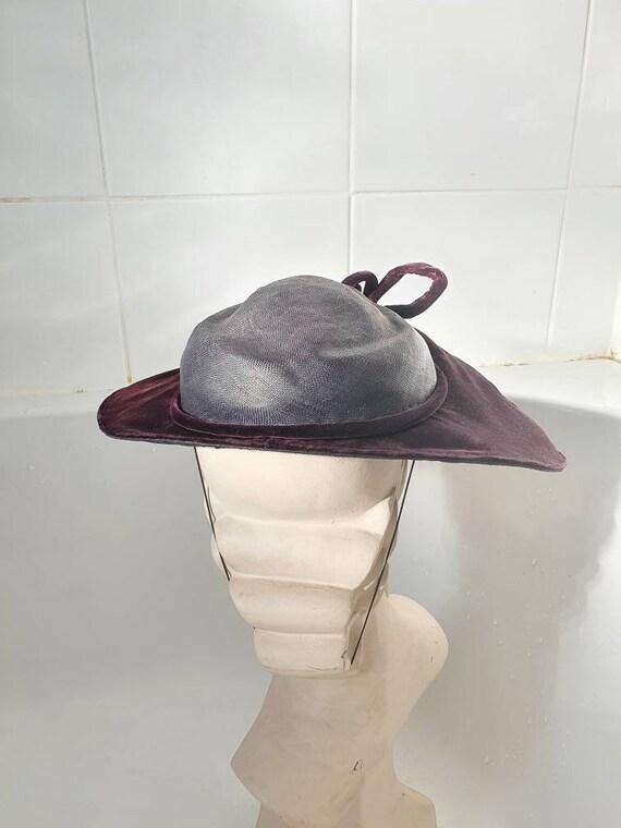 Stylish later 1940s purple velvet and straw platt… - image 8