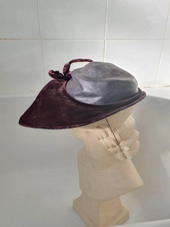 Stylish later 1940s purple velvet and straw platt… - image 7