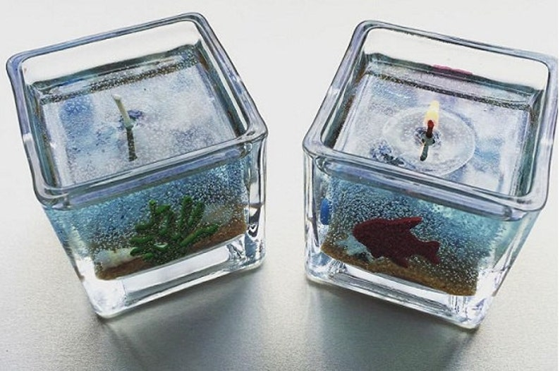 Relaxing beach long lasting ocean-scented gel glass candle. image 0