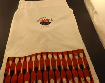 Apron Full size adult with pocket and Queen of the Grill appliqued and embroidered