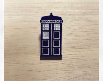 Doctor Who Inspired Tardis Pin Badge Brooch