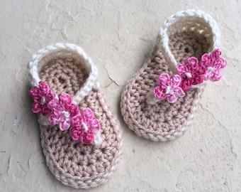 Crocheted Cream Strappy Baby Newborn Girl Sandals with Flowers