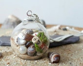 Beach Necklace, Glass Orb Necklace, Seashell Jewellery, Beach Wedding Jewellery, Nature Lover Gift, Ocean Jewellery