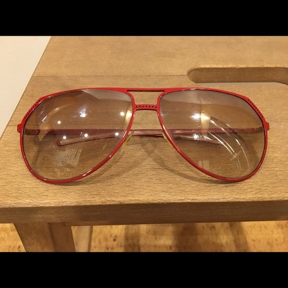 Vintage 70s Christian DIOR red metal aviator sung… - image 2