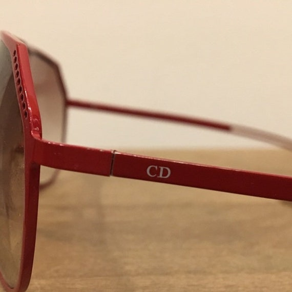 Vintage 70s Christian DIOR red metal aviator sung… - image 6